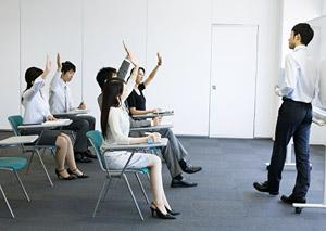 3.向上心をもち、いつまでも「学ぶ」姿勢を持ち続けることができる人。